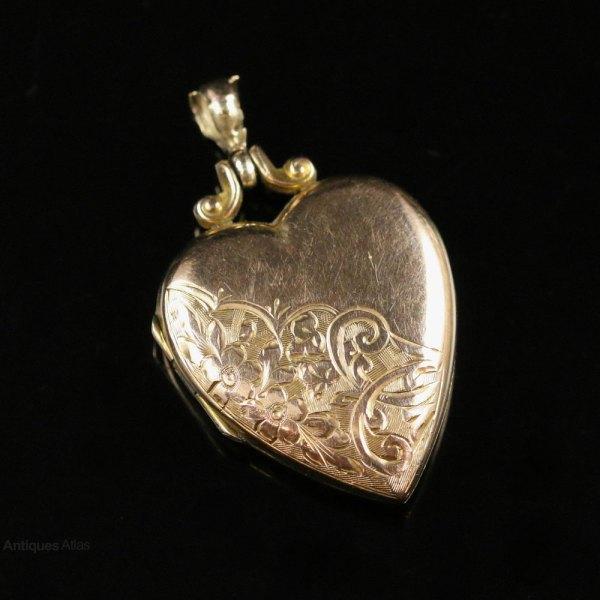Antiques Atlas - Antique Victorian Gold Heart Locket Circa