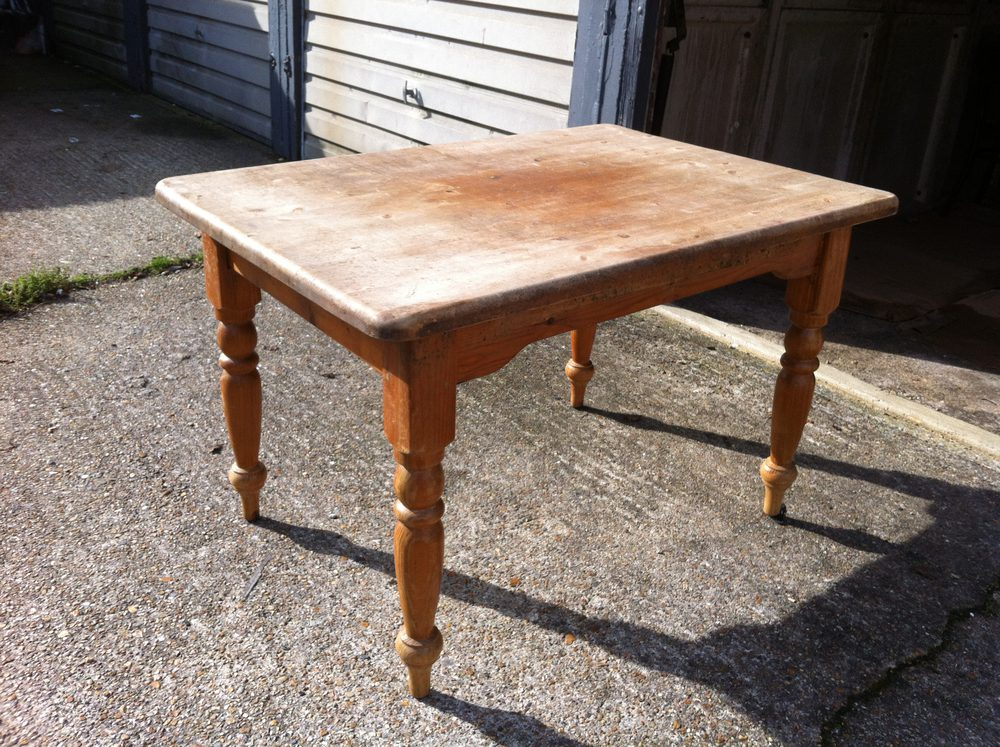 1900s French Farmhouse Table In Pine Antiques Atlas