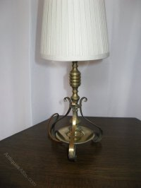 Antiques Atlas - Small Edwardian Solid Brass Table Lamp