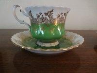 Antiques Atlas - Royal Albert Tea Cups & Saucers
