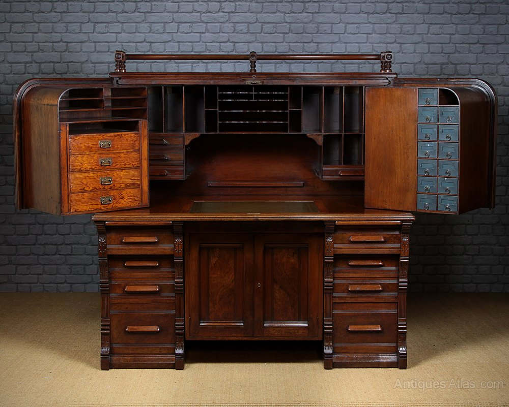 Indianapolis Cabinet Company Roll Top Desk C1890