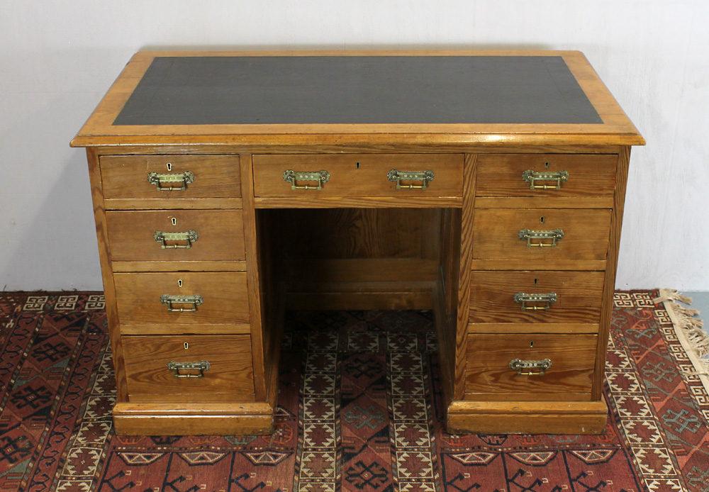 Late 19thc Pine Kneehole Desk  Antiques Atlas