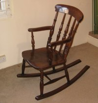 Victorian Elm And Beech Rocking Chair - Antiques Atlas