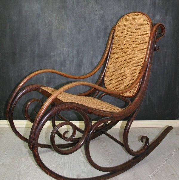 Rare Thonet Bentwood Rocking Chair . 1 - Antiques Atlas