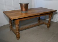 French Golden Oak Farmhouse Table - Antiques Atlas