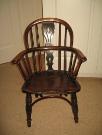 Antique Childs Windsor Arm Chair - Antiques Atlas