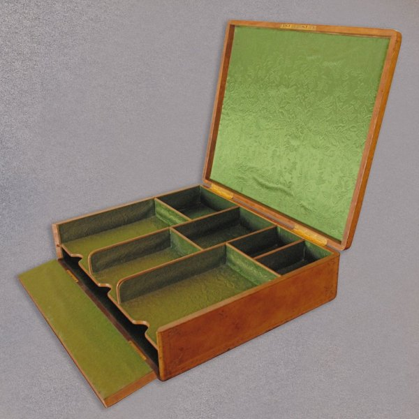 Antiques Atlas - Antique Leather Stationery Box . Forster Wien