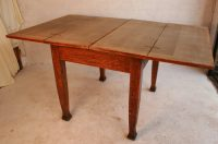 An Arts And Crafts Oak Kitchen Table - Antiques Atlas
