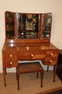 ART DECO DRESSING TABLE - Antiques Atlas