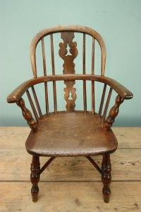 Childs Antique Windsor Chair. - Antiques Atlas