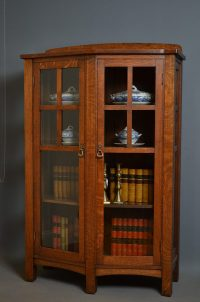 Arts And Crafts Display Cabinet - Antiques Atlas