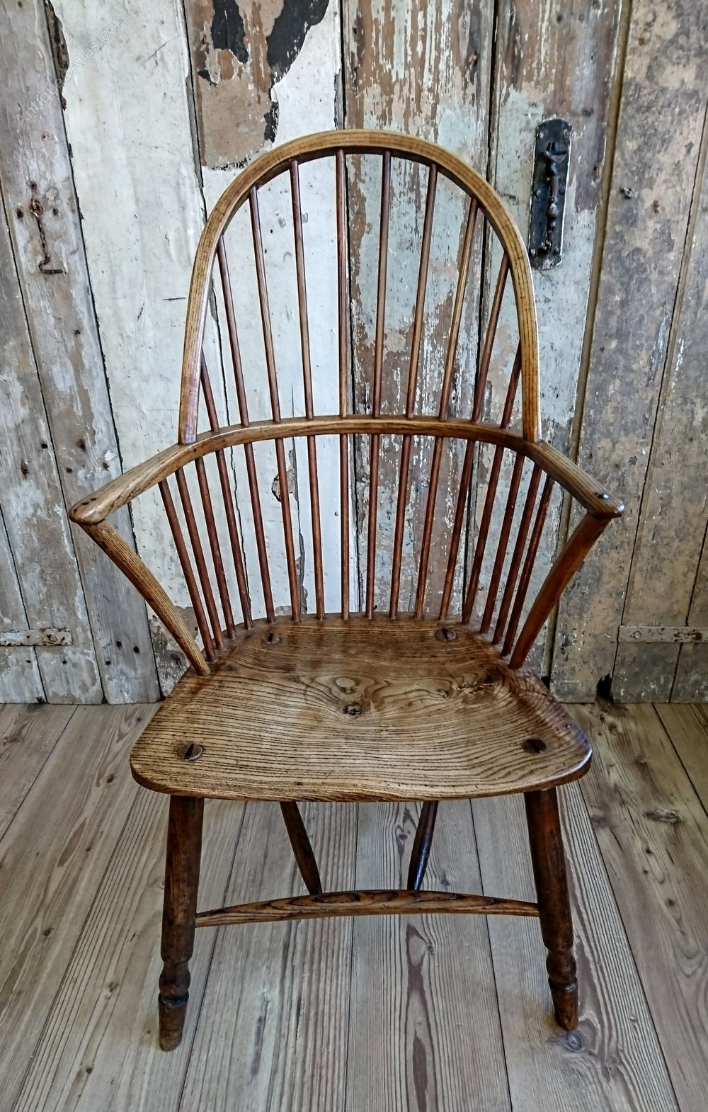Country Windsor Chair  Antiques Atlas
