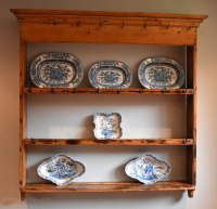 Small Fine Delft Or Plate Rack In Pine - Antiques Atlas