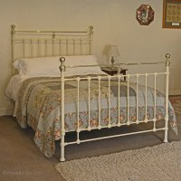 Victorian Cast Iron And Brass Bed - Antiques Atlas