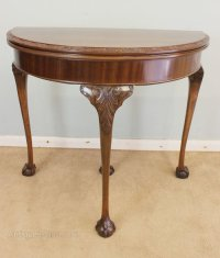Mahogany Half Moon Side Table / Card Table - Antiques Atlas