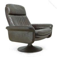 Antiques Atlas - Leather Swivel Chair By De Sede C1970