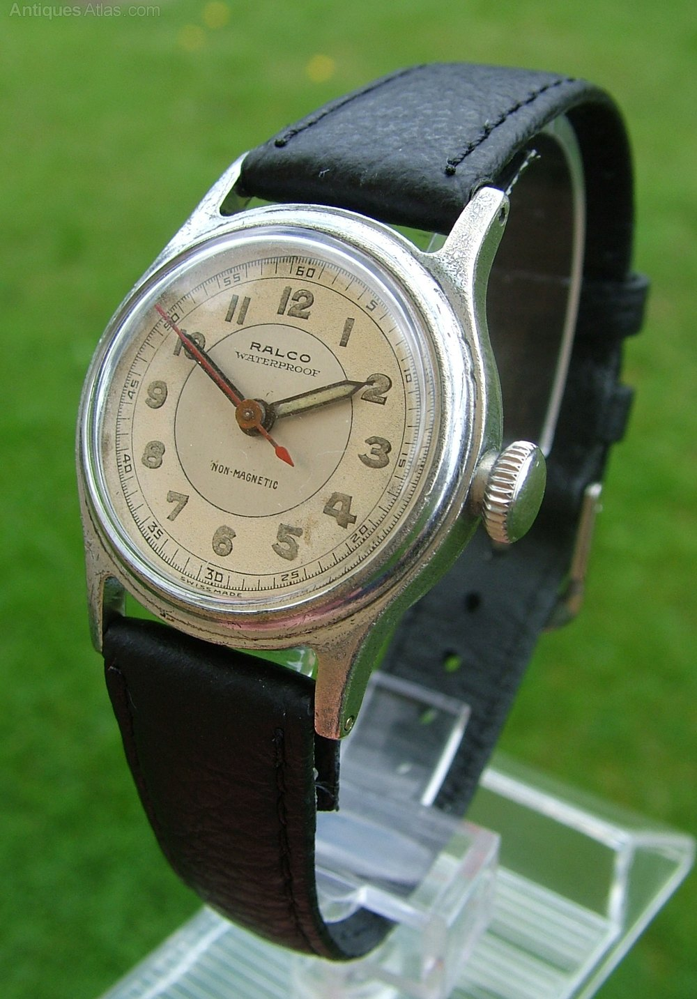 Antiques Atlas  A Midsize 1940s Ralco Wrist Watch