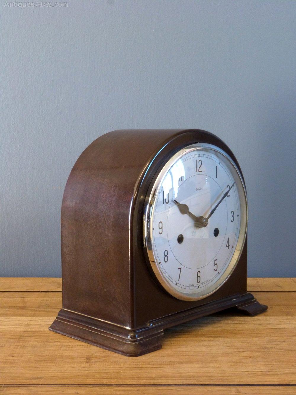 Antiques Atlas  1950s Bakelite Mantel Clock
