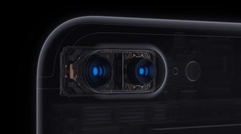 https://i0.wp.com/images.apple.com/v/iphone-7/a/images/overview/plus_camera_mechanics_large.jpg?resize=479%2C267