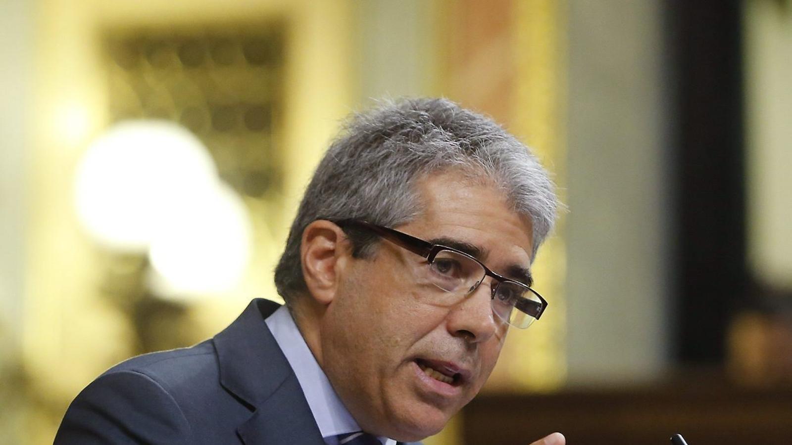 Francesc Homs durant la seva intervenció  en el debat d'ahir al Congrés. / MARISCAL / EFE