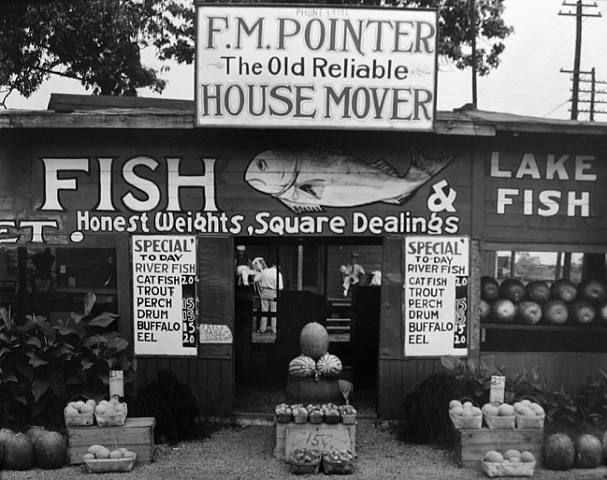 Walker Evans - Fish Market Near Birmingham, Ala. 1936
