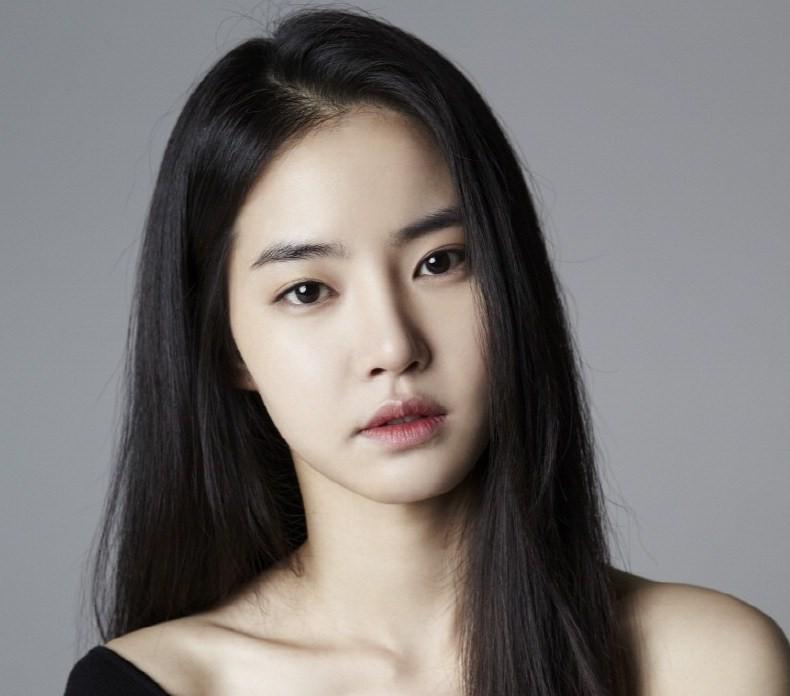 """Résultat de recherche d'images pour """"Hwang Seung-eon"""""""