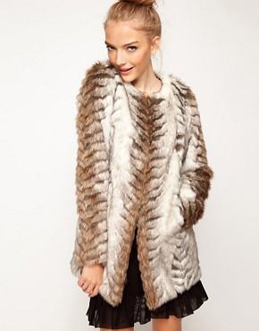 Imagen 1 de Abrigo largo sin cuello de piel sintética de A|Wear