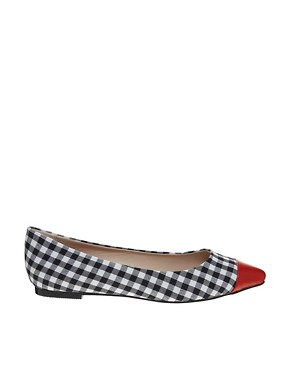 London Rebel Check Detail Pointed Flat Shoe