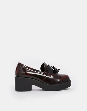 Truffle Platform Tassel Loafers - Red hi shine