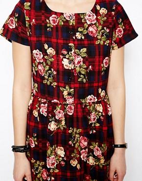 Image 3 ofGlamorous Petite Oversized Floral Smock Dress