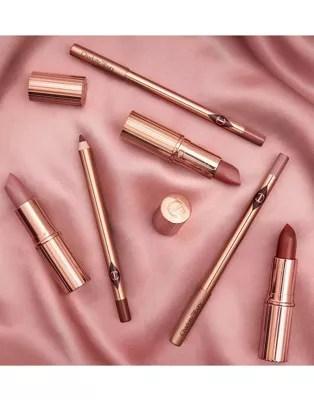 charlotte tilbury matte revolution lippenstift pillow talk original