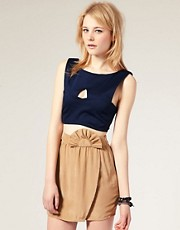 Kit Rubix Cut Out Structured Crop Top