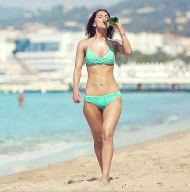 10 Bollywood actresses who rocked the bikini look