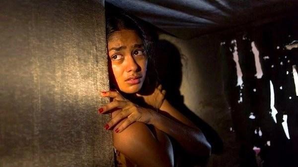 Mrunal Thakur as Sonia in film<i data-recalc-dims=