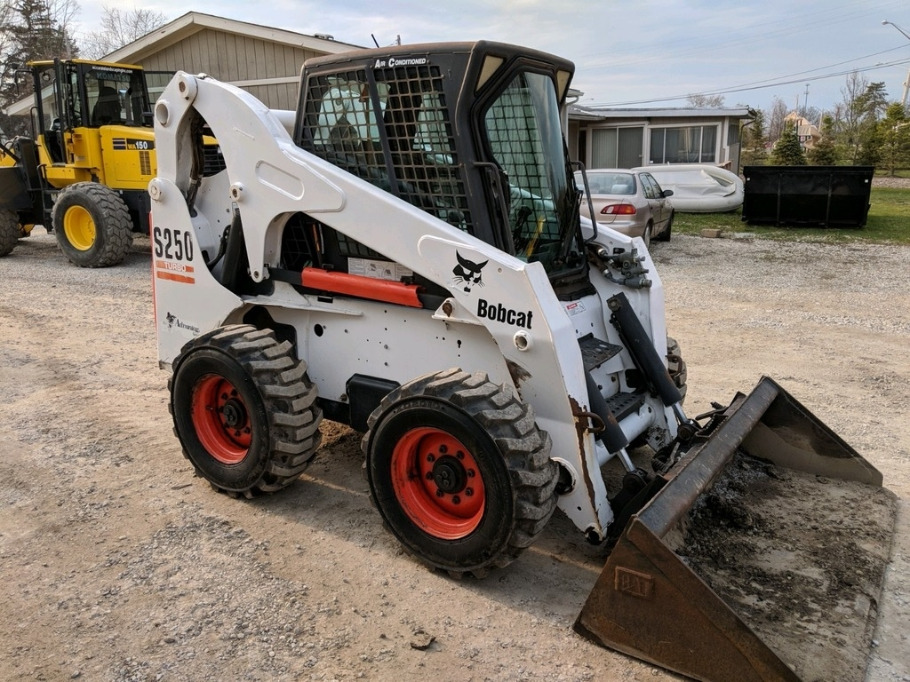 small resolution of 04 bobcat s250 skid steer loader