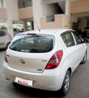 Second hand cars in ghaziabad