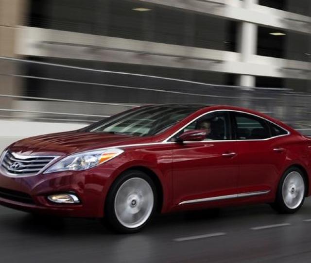 Hyundai Azera New Car Review Featured Image Large Thumb