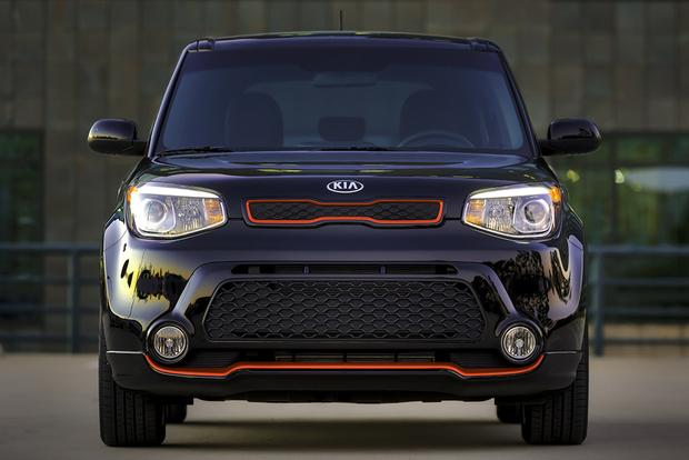 Kia Soul With Panoramic Roof Rails Are Available For 2016