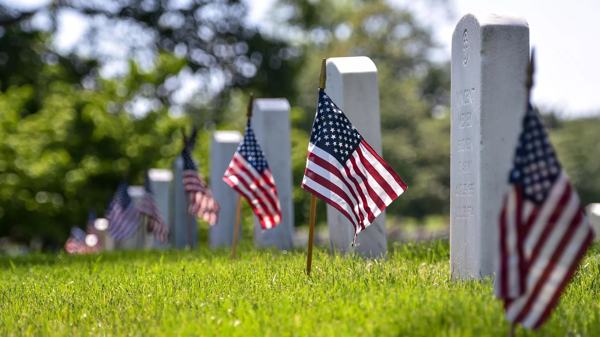 Arlington National Cemetery Looks To Cut Back On Burials