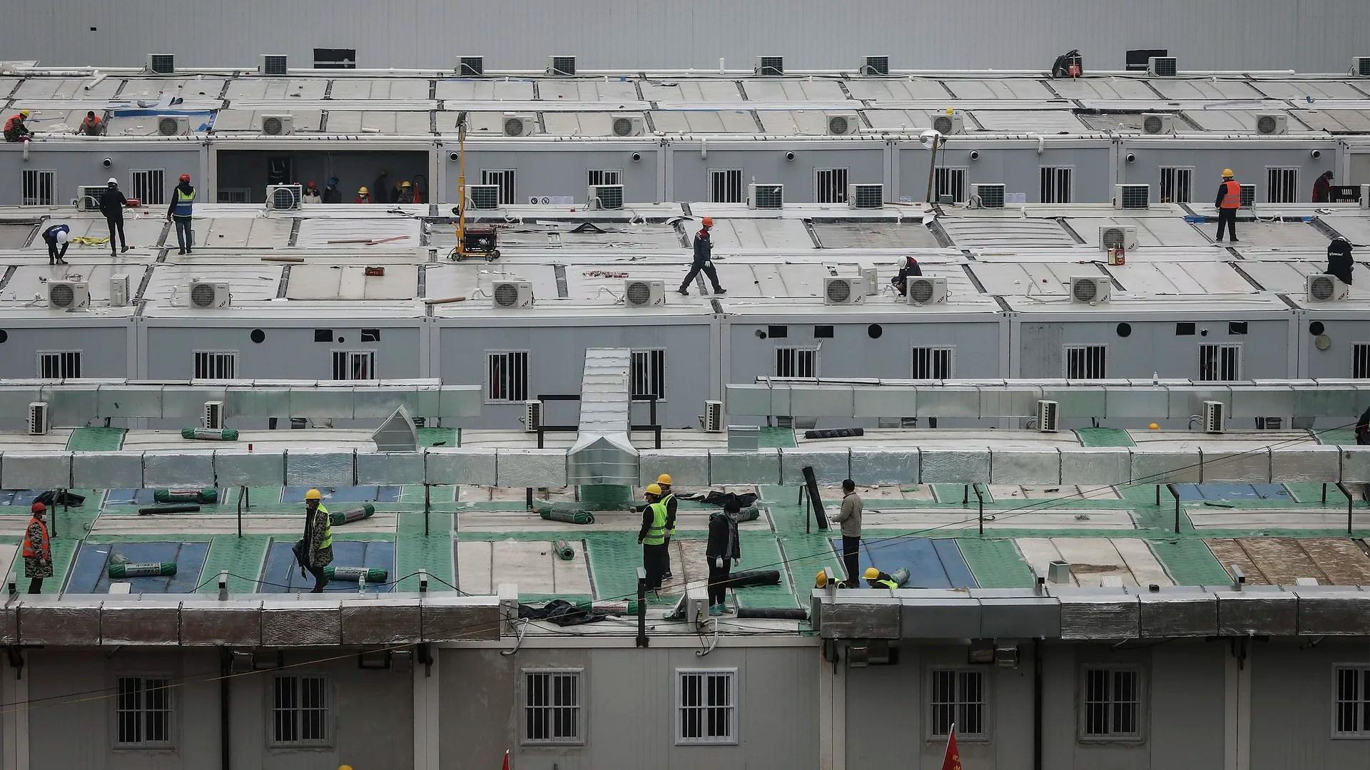 Coronavirus: China builds Wuhan hospital in 10 days - Axios