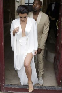 Kanye West Kim Kardashian Wedding Dress