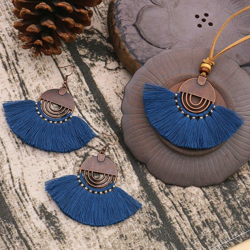 Vintage Hollow Out Tassel Necklace and Earrings Set