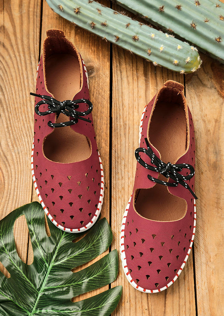 Hollow Out Round Toe Lace Up Flat Sneakers