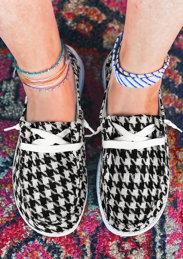 Houndstooth Plaid Lace Up Flat Canvas Sneakers - White