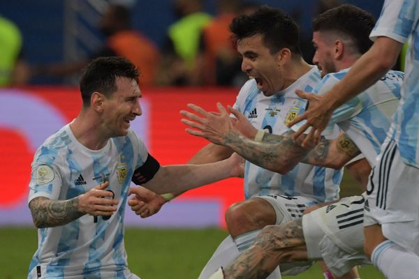 After the match, the Argentine players hugged Messi.