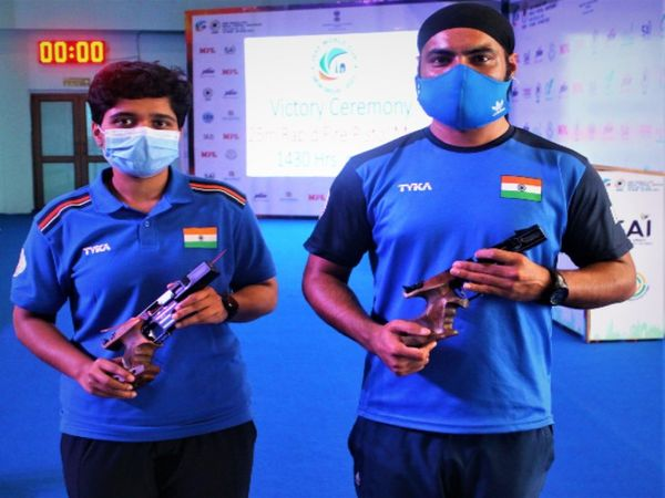 In the ongoing Shooting World Cup in Delhi, the 25m Air Pistol Rapid Fire Mixed event duo of Ashok Adyalanda Patil and Gurpreet Singh won the silver medal.
