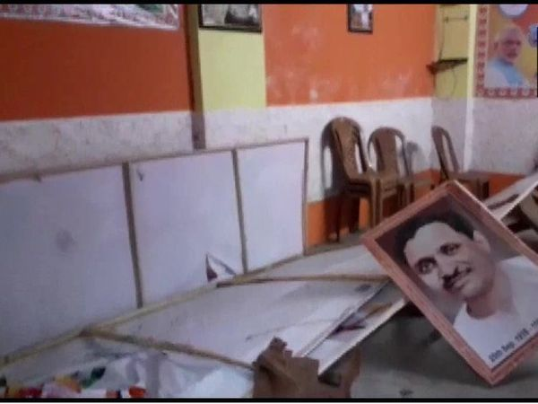 After the election results, there have been political clashes in many cities of Bengal.  The BJP state president claims that his party offices are being attacked in every city and so far nine people have been killed in the violence.