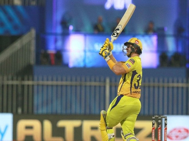 Shane Watson of Chennai scored 33 runs off 21 balls.  He hit 4 sixes in his innings.
