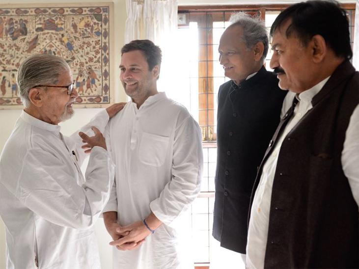 2017 में जब राहुल गांधी गुजरात के दौरे पर गए थे तो उन्होंने पार्टी के दिग्गज नेता यानी माधव सिंह सोलंकी से मुलाकात की थी।