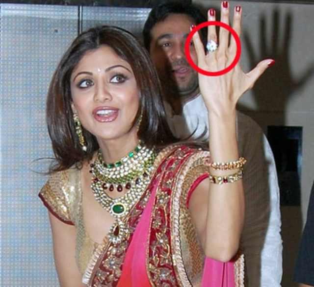 Raj-Shilpa got married in 2009.